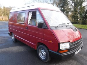 **MARCH AUCTION**1990 Renault Camper For Sale by Auction