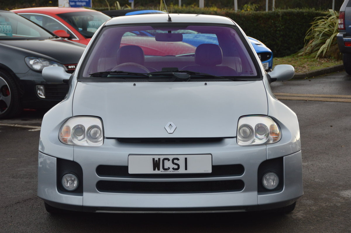 2002 Renault clio v6 230 low mileage For Sale (picture 6 of 6)