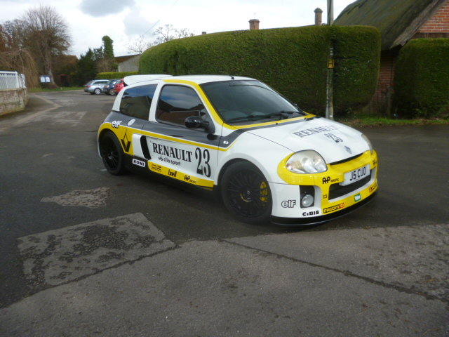 2003 RENAULT V6 24V CLIO For Sale (picture 4 of 6)