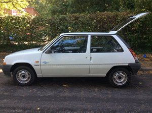 1993 Lovely Renault 5 Campus - 1 Owner to 2019. For Sale