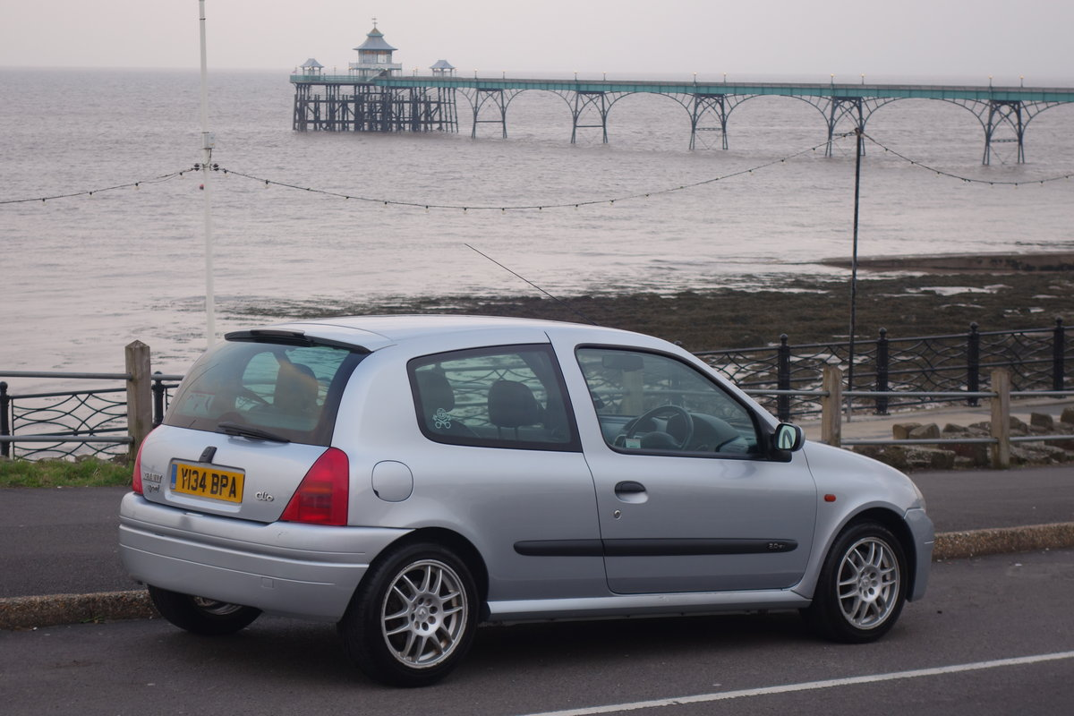2001 Clio 172 phase 1 87k 2 owners For Sale (picture 1 of 6)