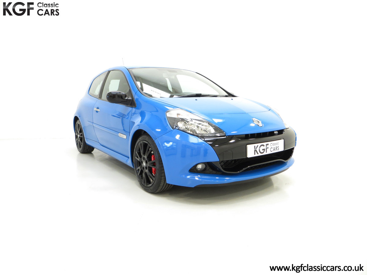 2011 A Thrilling Clio Renaultsport 200 Cup Chassis with One Owner For Sale (picture 1 of 6)