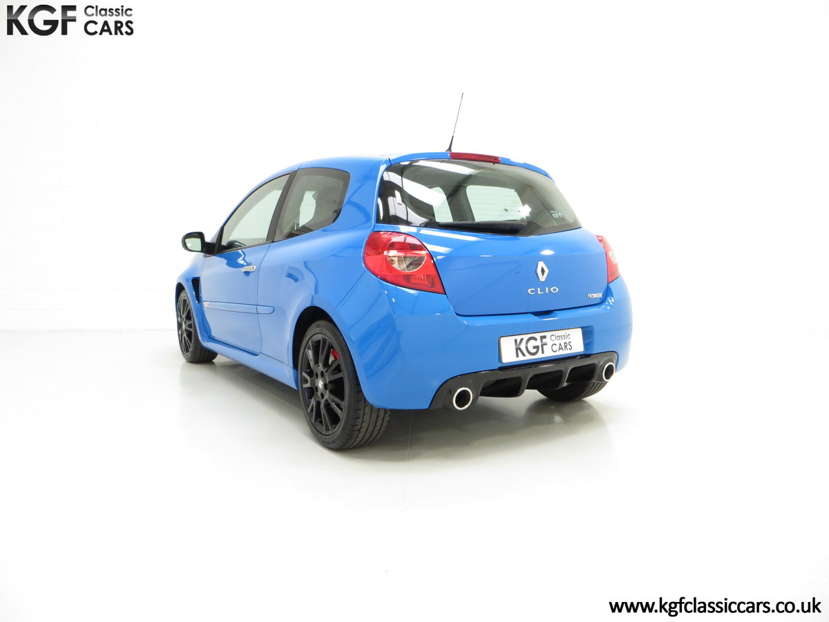 2011 A Thrilling Clio Renaultsport 200 Cup Chassis with One Owner For Sale (picture 4 of 6)