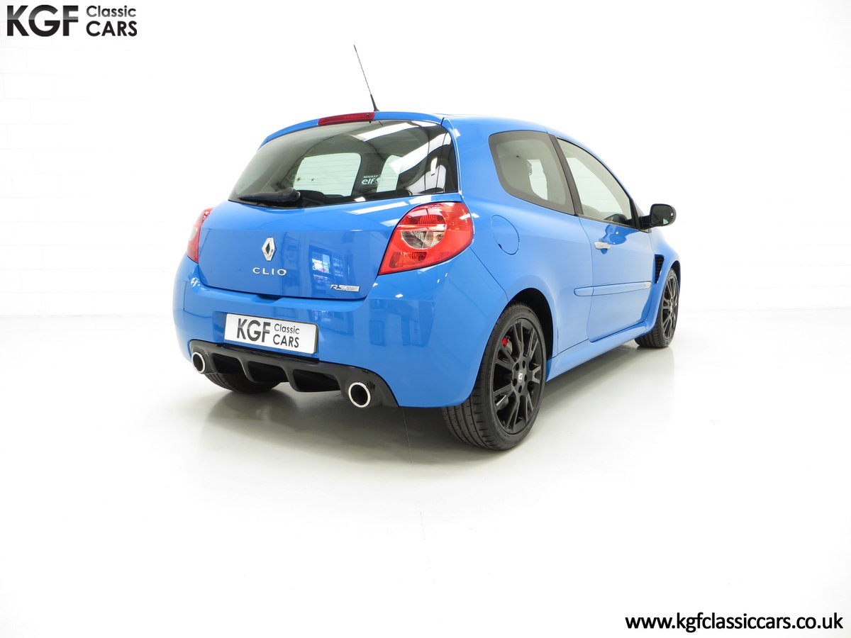 2011 A Thrilling Clio Renaultsport 200 Cup Chassis with One Owner For Sale (picture 5 of 6)