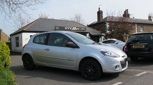 2011 RENAULT CLIO DYNAMIQUE MANUAL HATCHBACK 3 DOOR For Sale