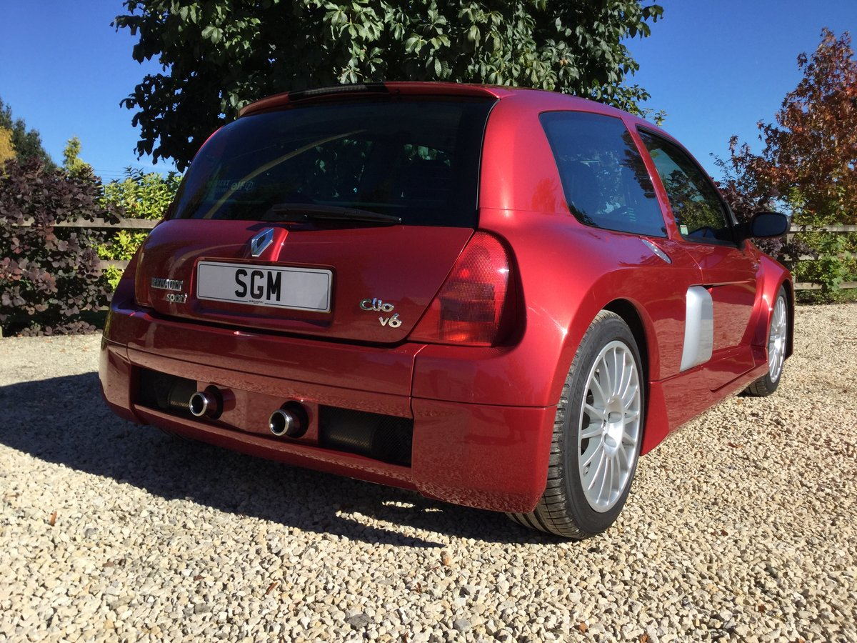 2002 Renault Clio V6 Phase 1 Mars Red For Sale (picture 4 of 6)