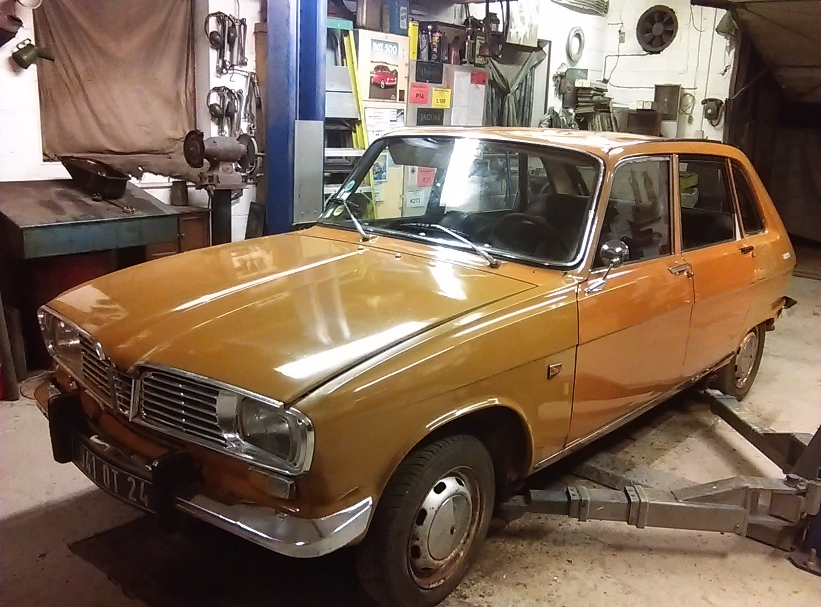 Renault 16 TS.1969.  Very Solid Original Project. SOLD (picture 1 of 6)