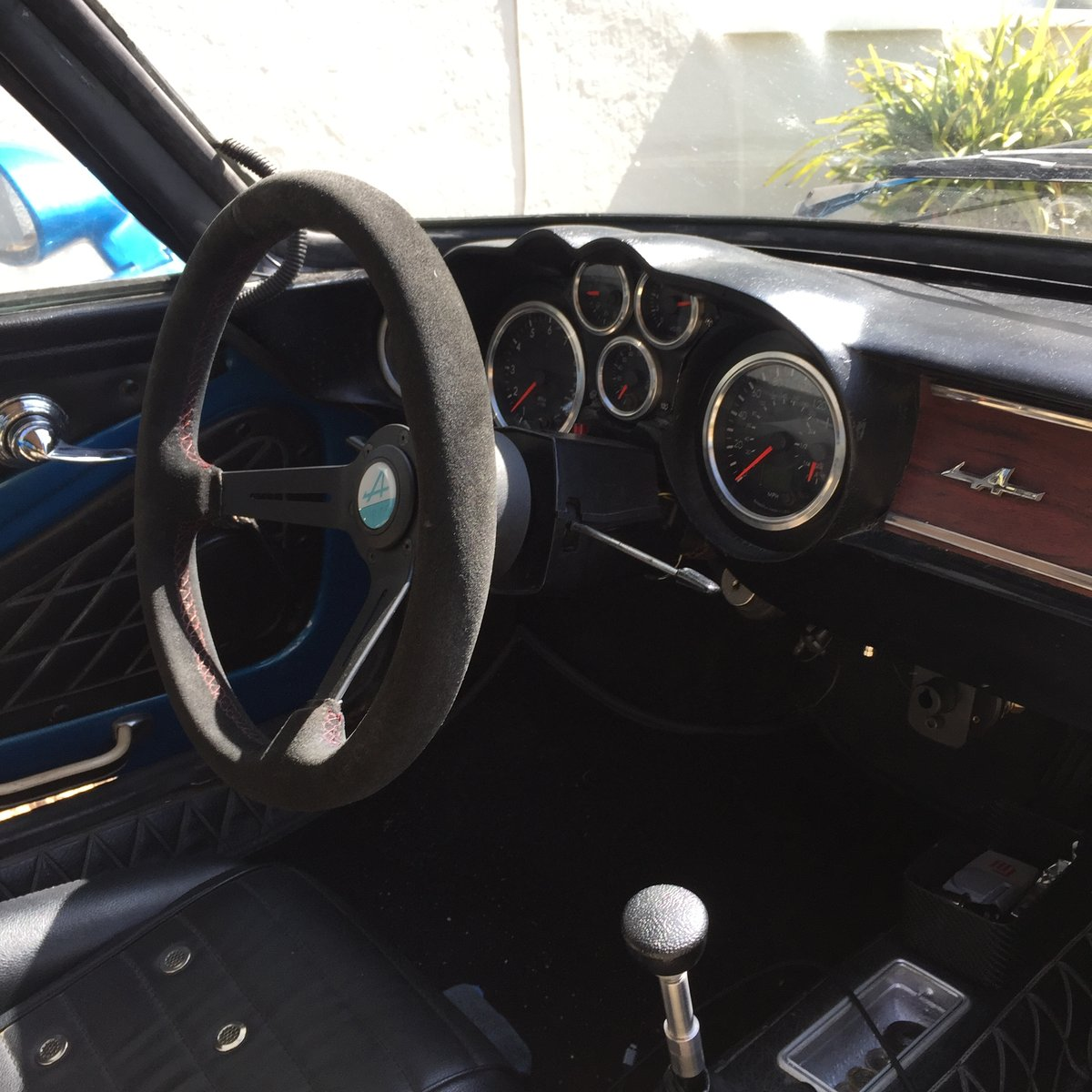 1971 Dinalpin Berlinette Alpine A110 For Sale (picture 6 of 6)