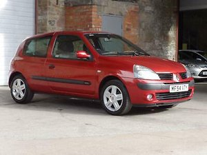Picture of 2004 Renault Clio 1.2 16v Dynamique 3DR SOLD