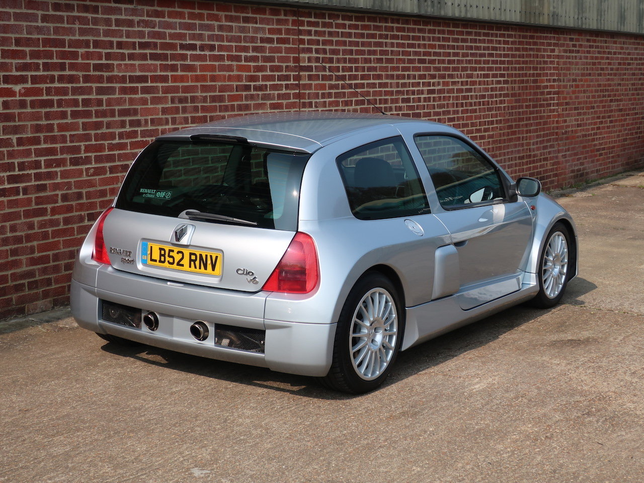 2002 Renault Clio V6  For Sale (picture 3 of 6)