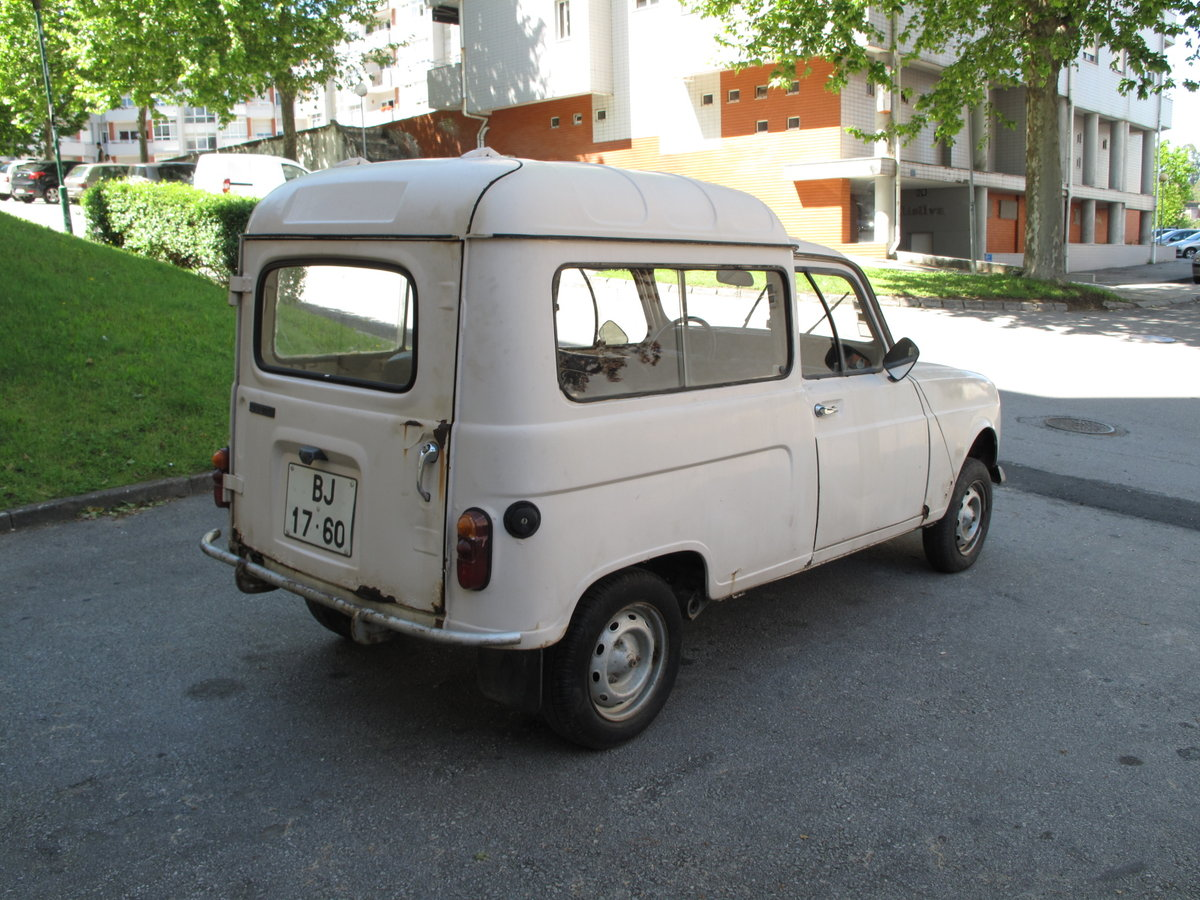 1984 Renault 4 F For Sale (picture 2 of 6)