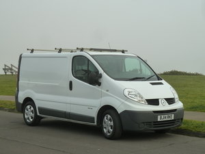 2014 TRAFIC 2.0dCi SL27 115 SWB VAN EXCELLENT CONDITION LONG MOT  For Sale