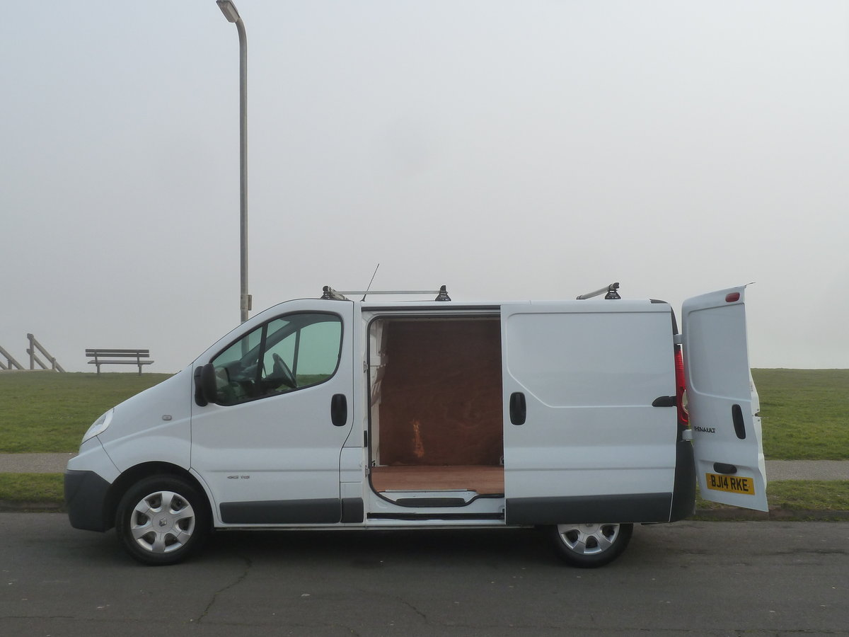 2014 TRAFIC 2.0dCi SL27 115 SWB VAN EXCELLENT CONDITION LONG MOT  SOLD (picture 6 of 6)