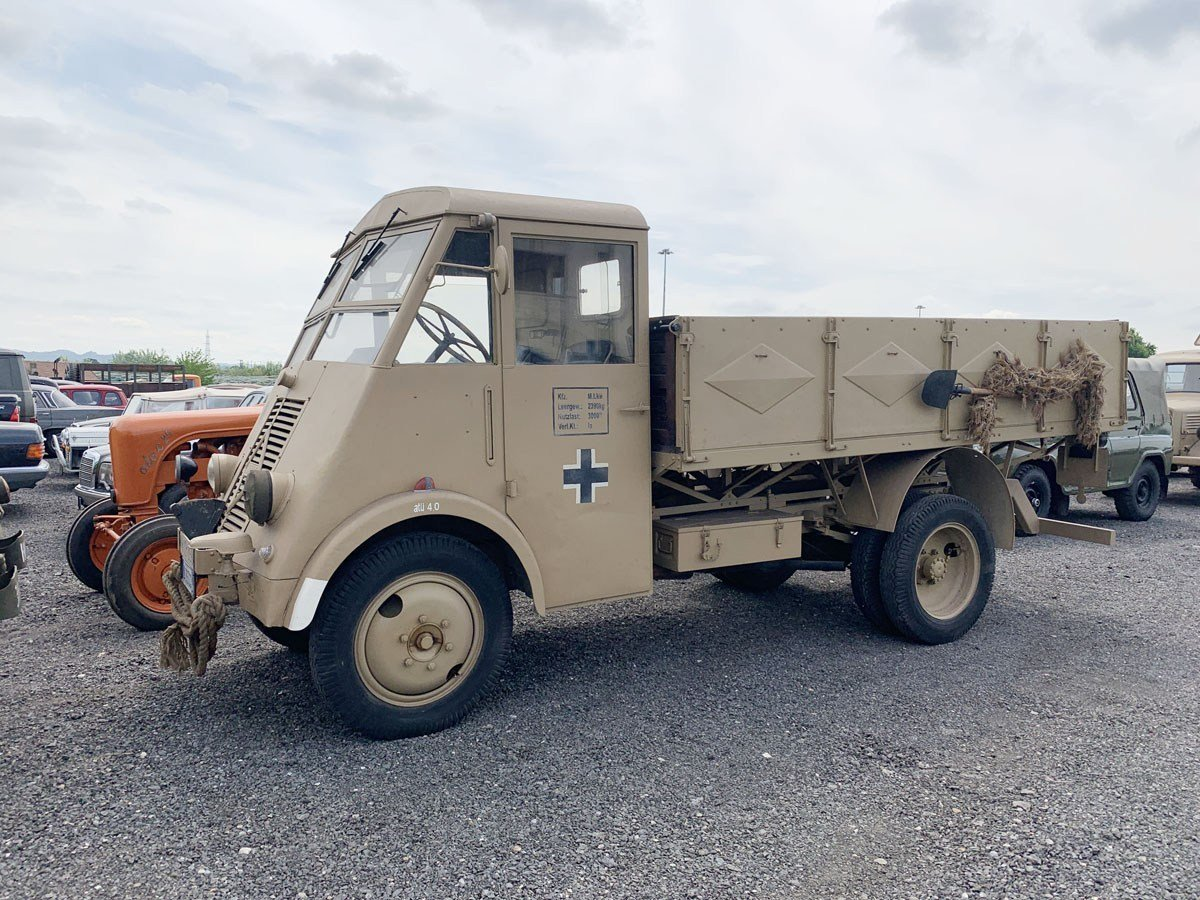 1941 Renault AHS Afrika Korps For Sale by Auction (picture 1 of 5)