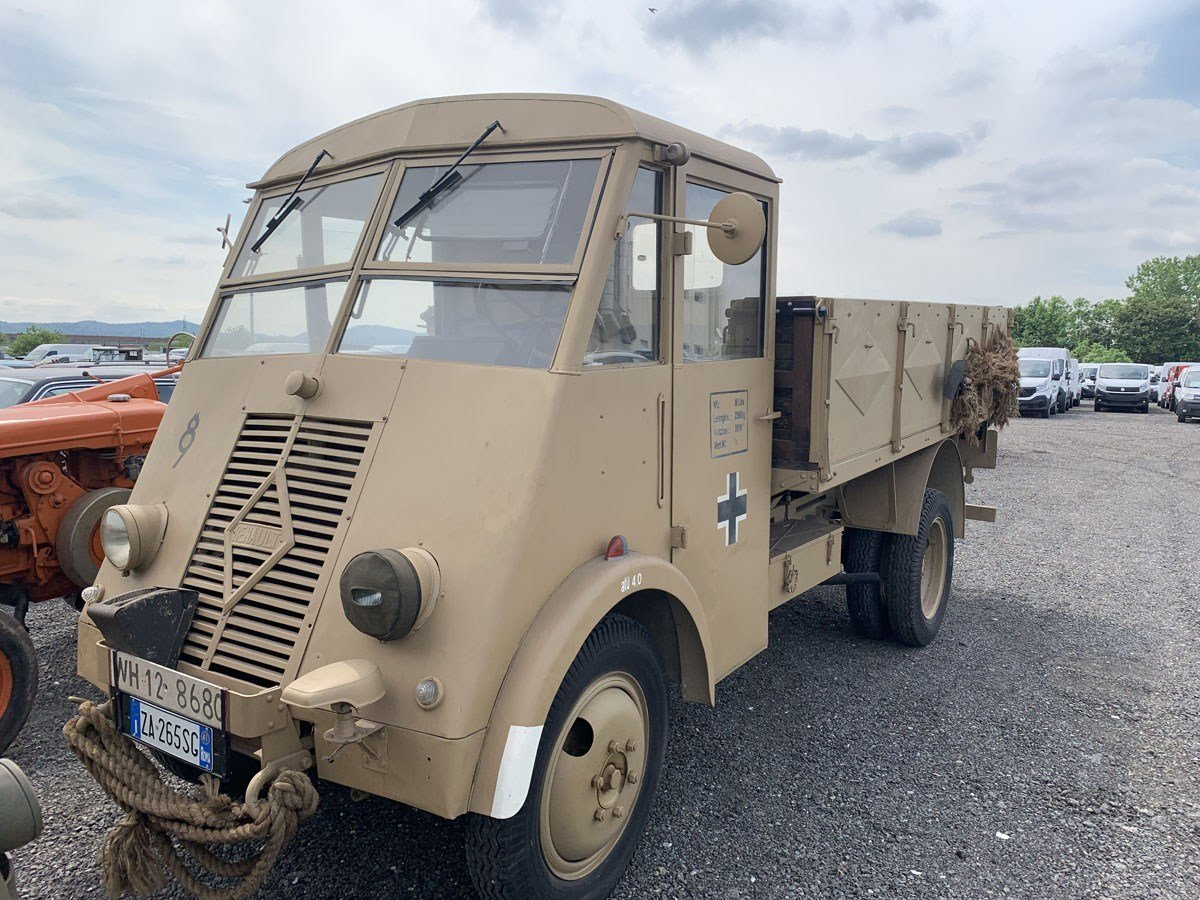 1941 Renault AHS Afrika Korps For Sale by Auction (picture 5 of 5)