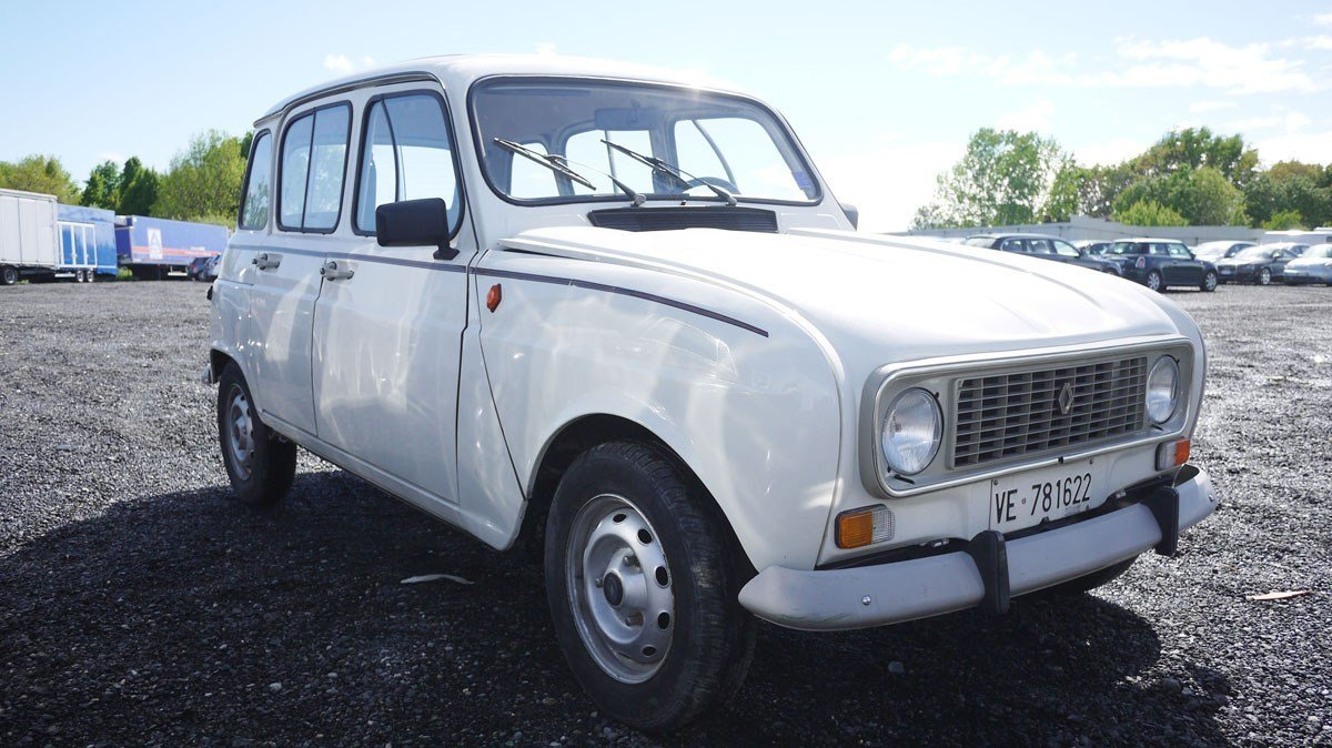1989 Renault 4 TL For Sale by Auction (picture 1 of 3)