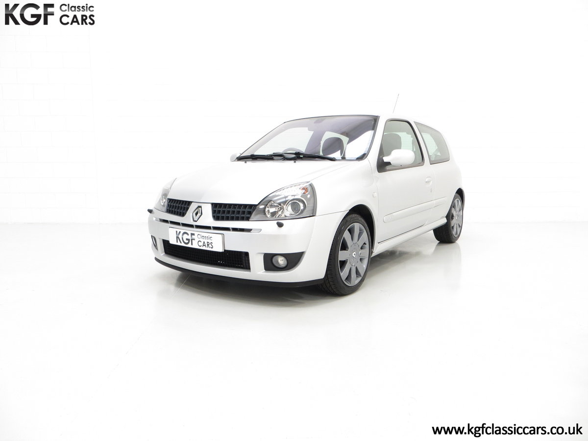 2005 Clio Renaultsport 182 with Cup Suspension & Cup Spoiler Pack For Sale (picture 2 of 6)