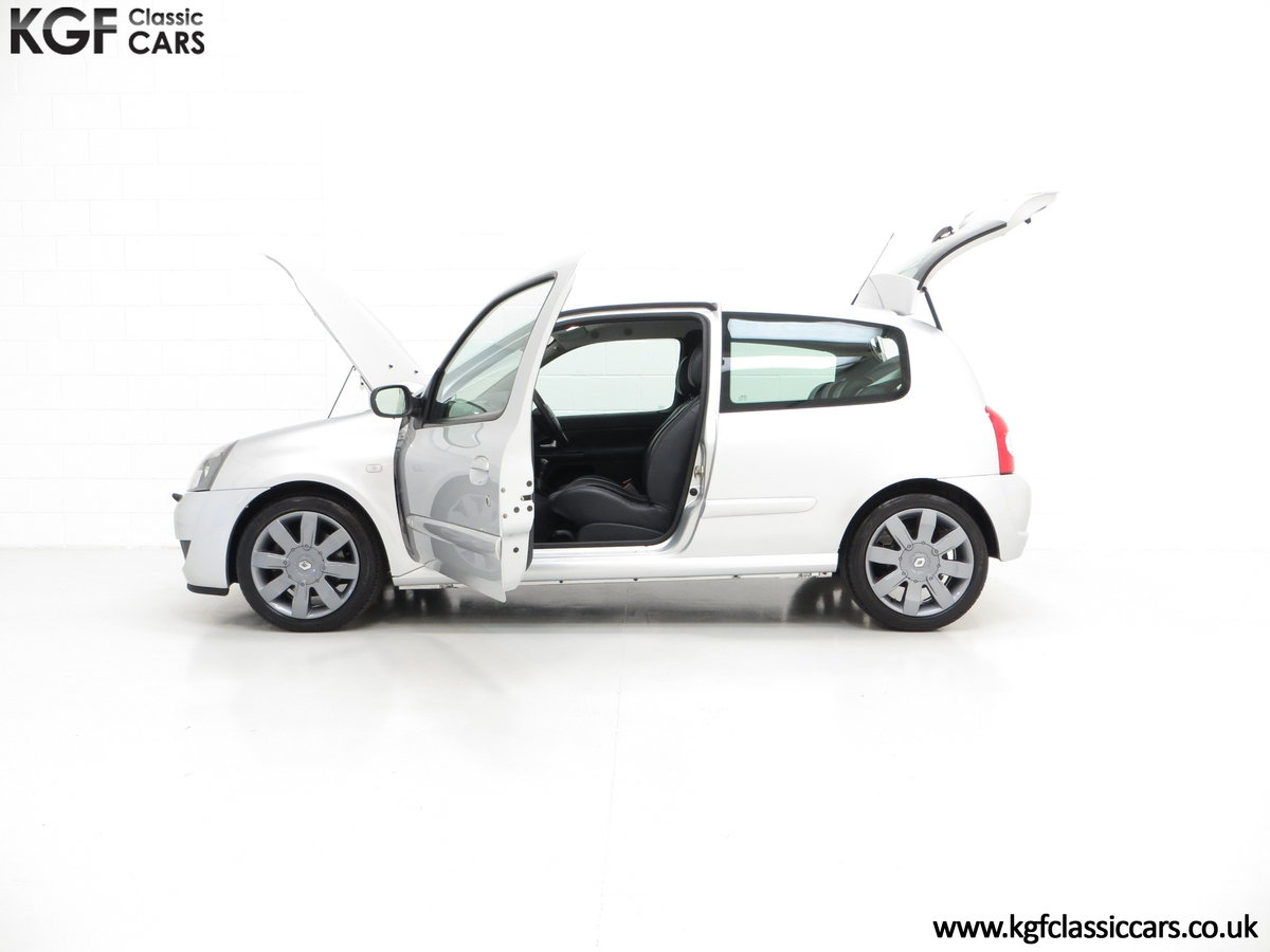 2005 Clio Renaultsport 182 with Cup Suspension & Cup Spoiler Pack For Sale (picture 3 of 6)