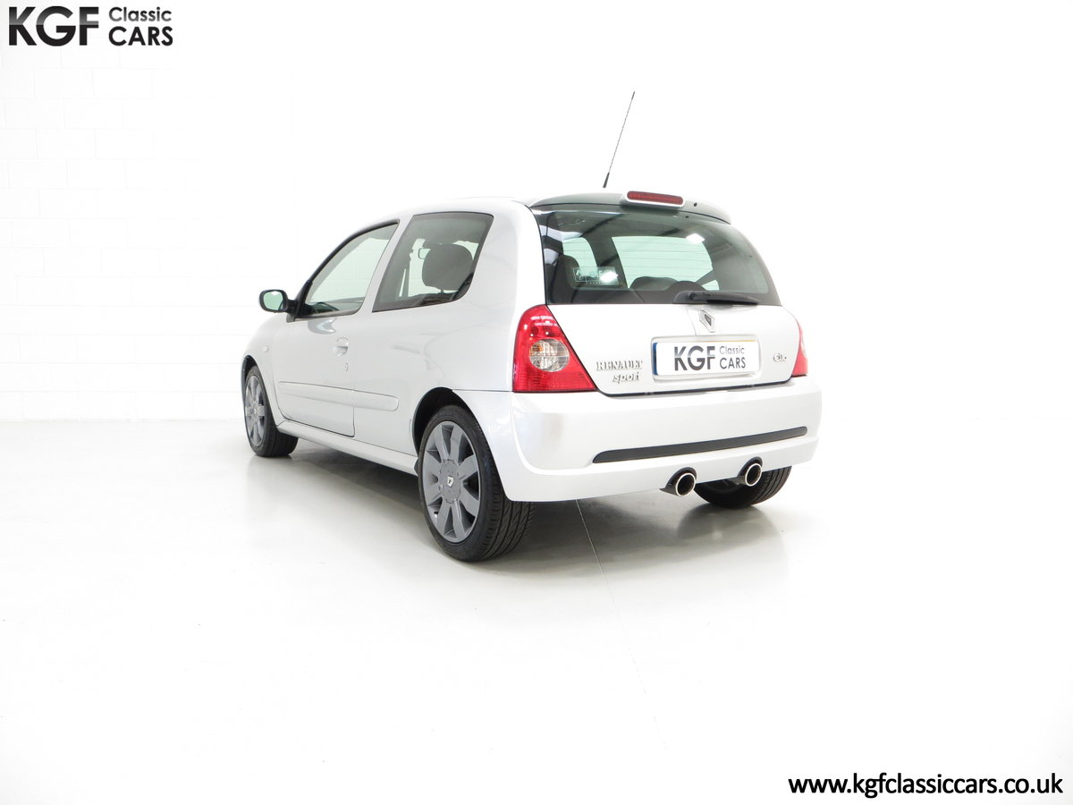 2005 Clio Renaultsport 182 with Cup Suspension & Cup Spoiler Pack For Sale (picture 4 of 6)