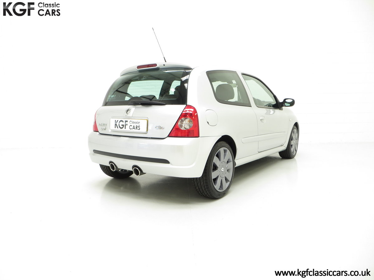 2005 Clio Renaultsport 182 with Cup Suspension & Cup Spoiler Pack For Sale (picture 5 of 6)