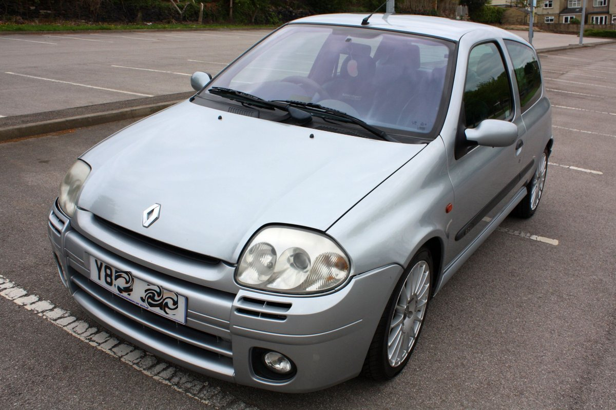 2001 2000 RENAULT CLIO 172 PHASE 1 - ICEBERG SILVER For Sale (picture 3 of 6)
