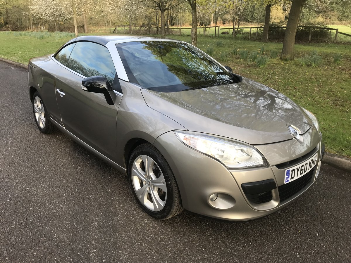 2010 RENAULT MEGANE CABRIOLET ONLY 29000 MILES+FULL HISTORY For Sale (picture 1 of 6)