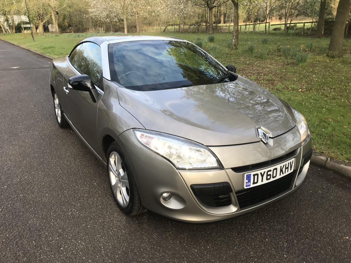 2010 RENAULT MEGANE CABRIOLET ONLY 29000 MILES+FULL HISTORY For Sale (picture 2 of 6)