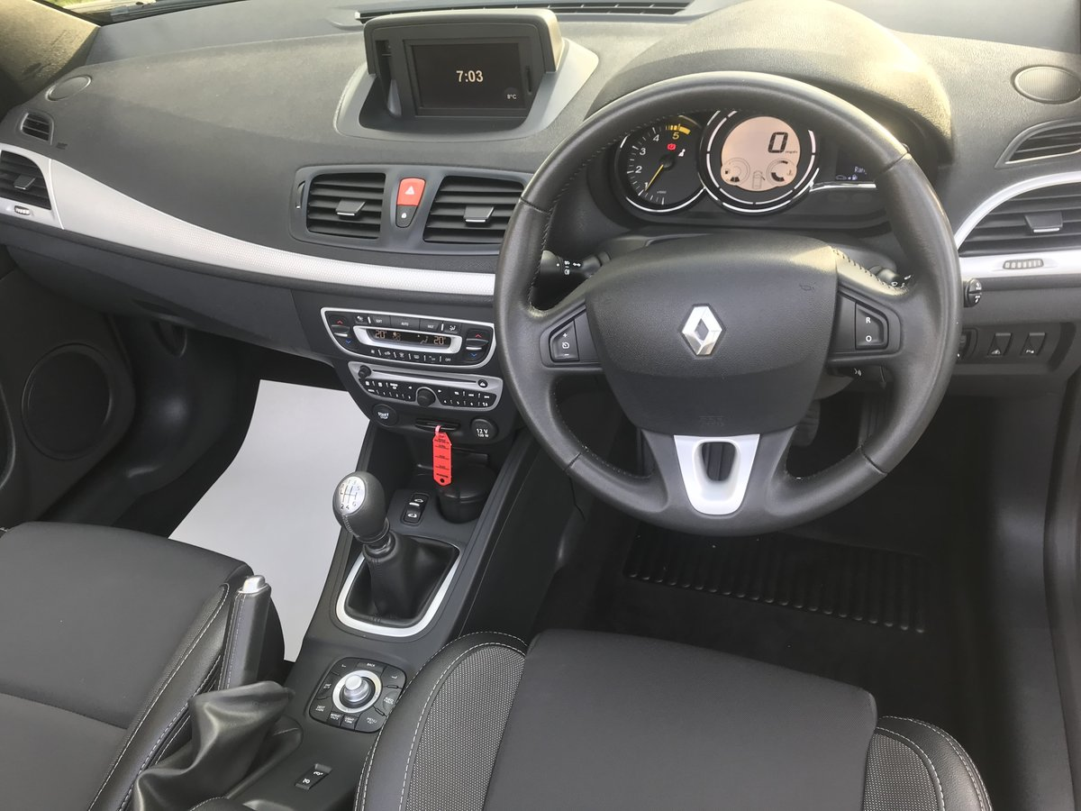2010 RENAULT MEGANE CABRIOLET ONLY 29000 MILES+FULL HISTORY For Sale (picture 6 of 6)