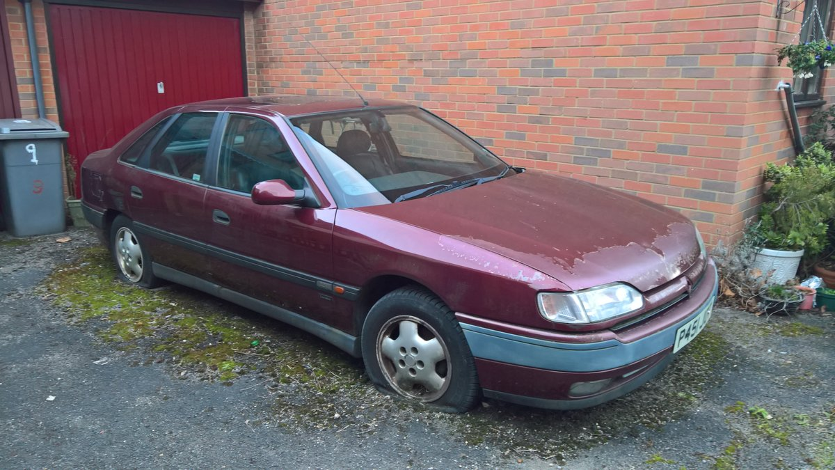 1996 Renault Safrane - a very rare beast For Sale (picture 2 of 2)