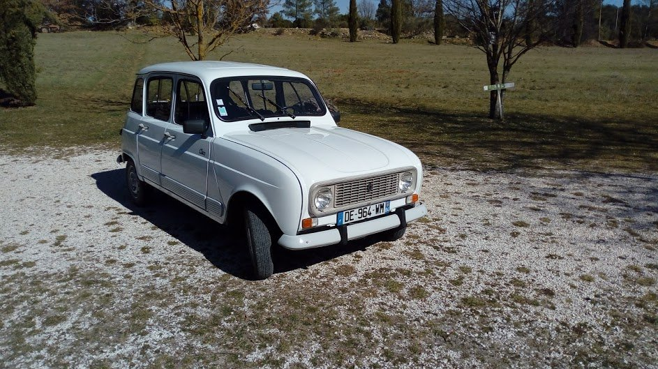 1993 Numbered final series restored R4 collector model For Sale (picture 2 of 6)