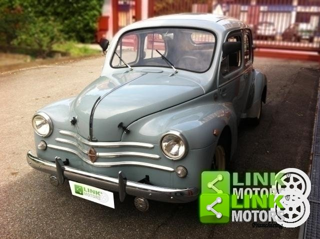 1955 Renault R1062 For Sale (picture 1 of 6)