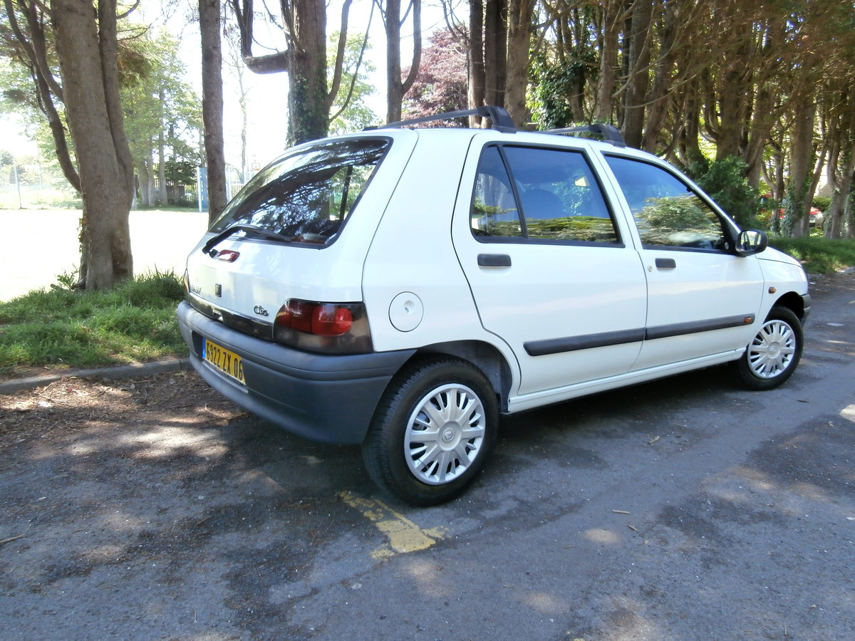 1998 Original Mk.1 Clio. For Sale (picture 4 of 6)