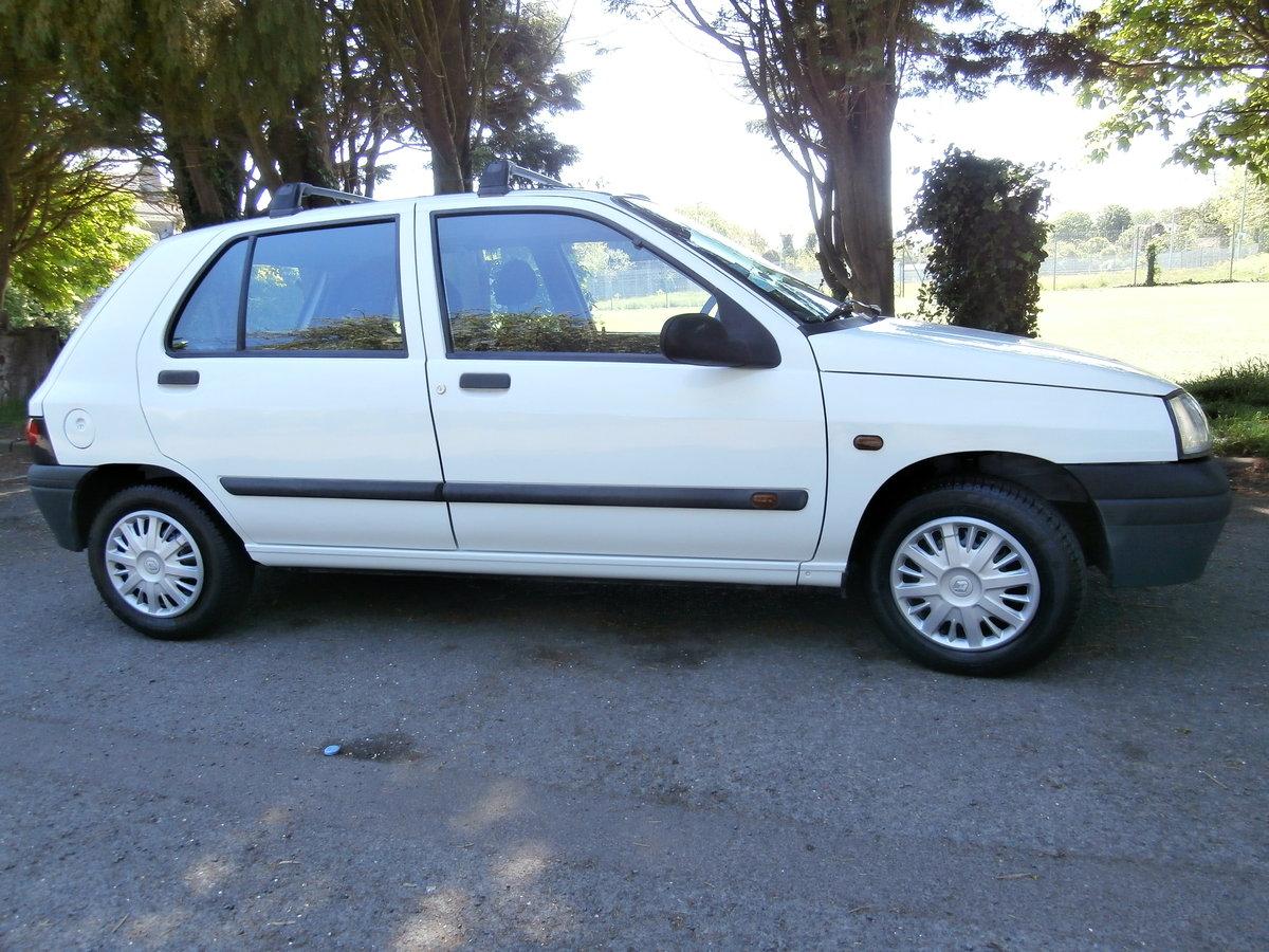 1998 Original Mk.1 Clio. For Sale (picture 6 of 6)