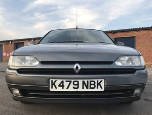 Very low mileage Mk1 1993 Renault Safrane £995 For Sale