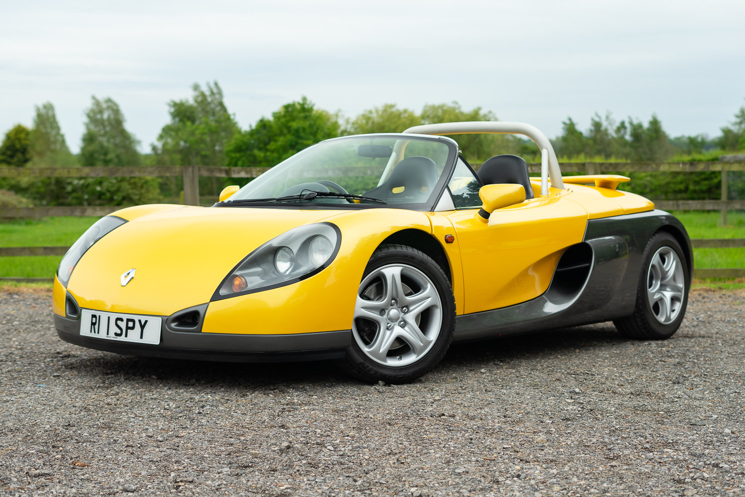 1998 Renault Sport Spider **NOW SOLD** For Sale (picture 1 of 6)