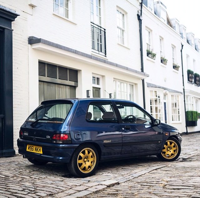 Renault Clio Williams 2 1995 FSH 98K Lots of work For Sale (picture 2 of 6)