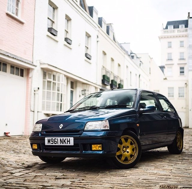 Renault Clio Williams 2 1995 FSH 98K Lots of work For Sale (picture 3 of 6)