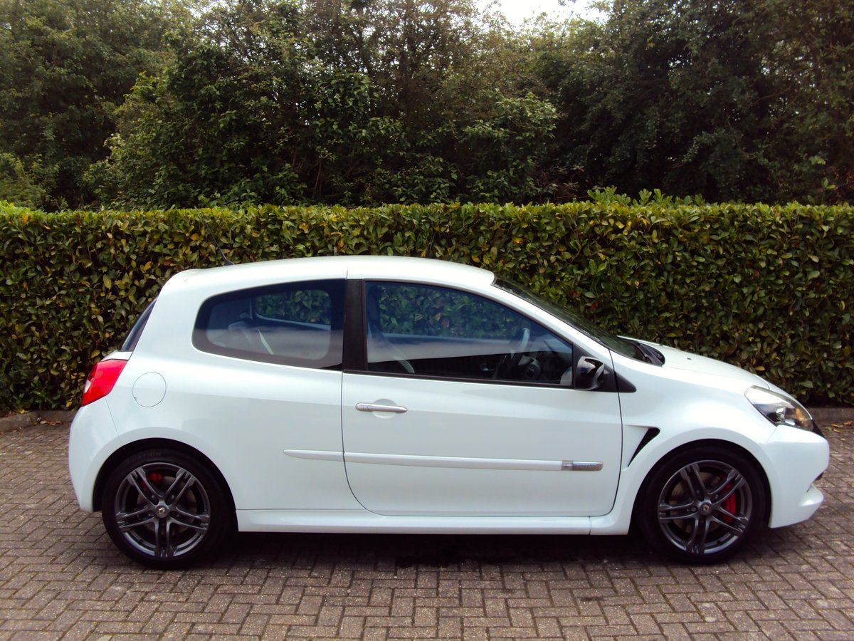 2010 EXCEPTIONAL CLIO RS 200 - THANK YOU - NOW SOLD For Sale (picture 2 of 6)