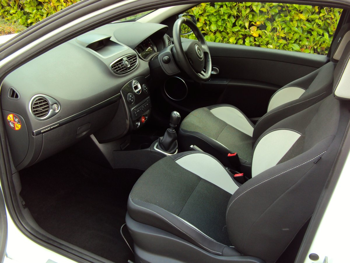 2010 EXCEPTIONAL CLIO RS 200 - THANK YOU - NOW SOLD For Sale (picture 6 of 6)