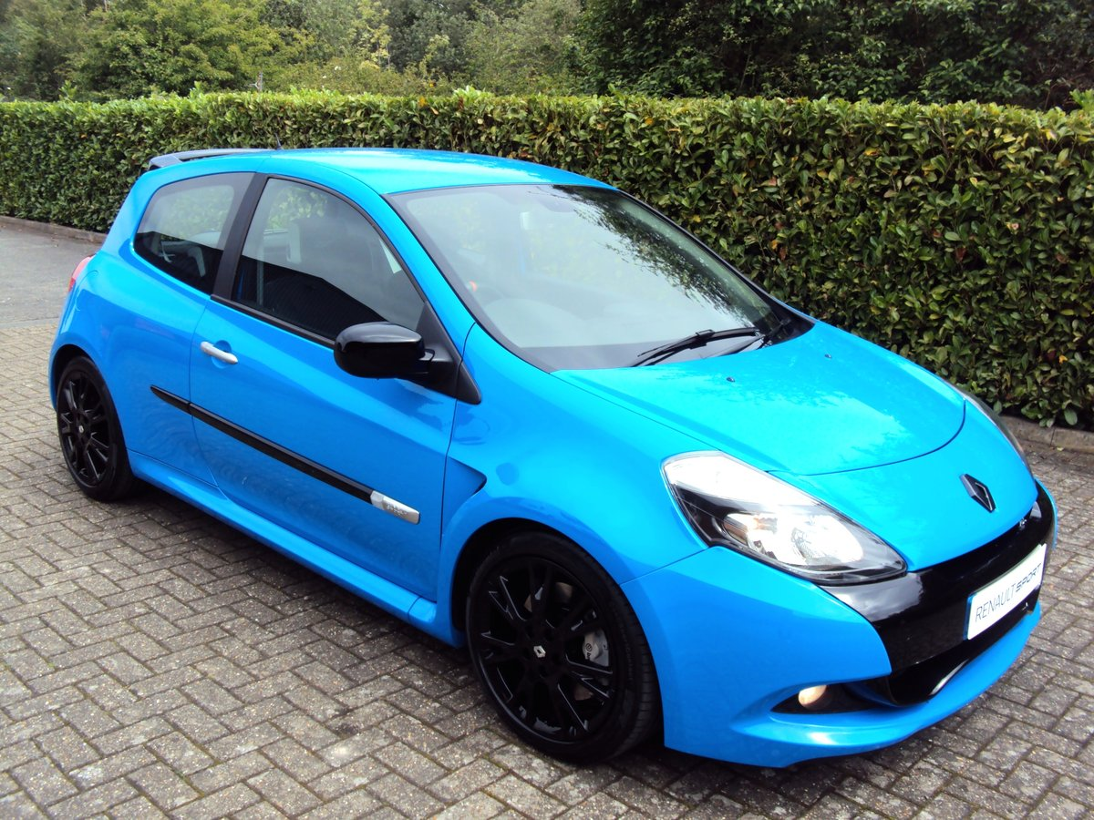 2010 A STUNNING LOW MILEAGE CLIO RS 200 - RACING BLUE - MEGA