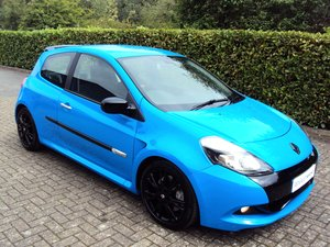 2010 A STUNNING LOW MILEAGE CLIO RS 200 - RACING BLUE - MEGA SPEC For Sale