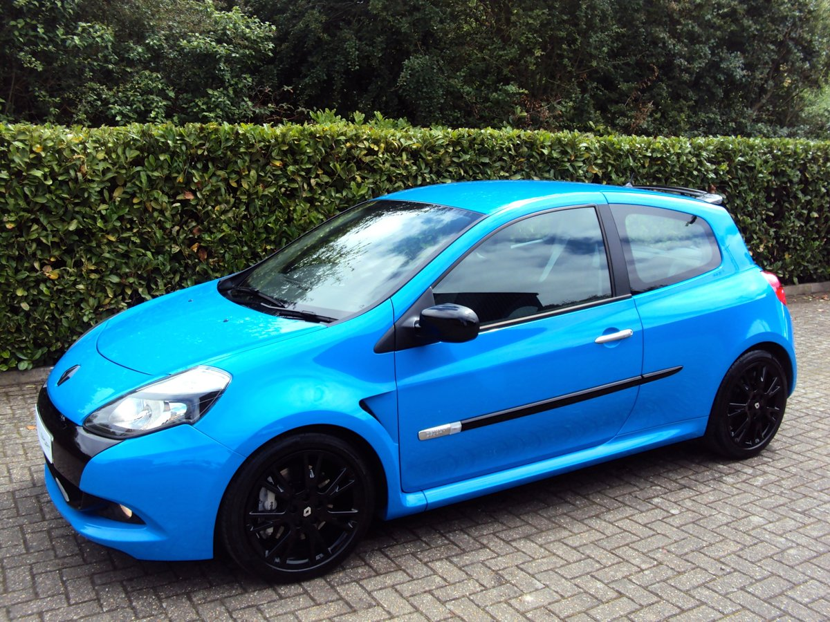 2010 A STUNNING LOW MILEAGE CLIO RS 200 - RACING BLUE - MEGA SPEC
