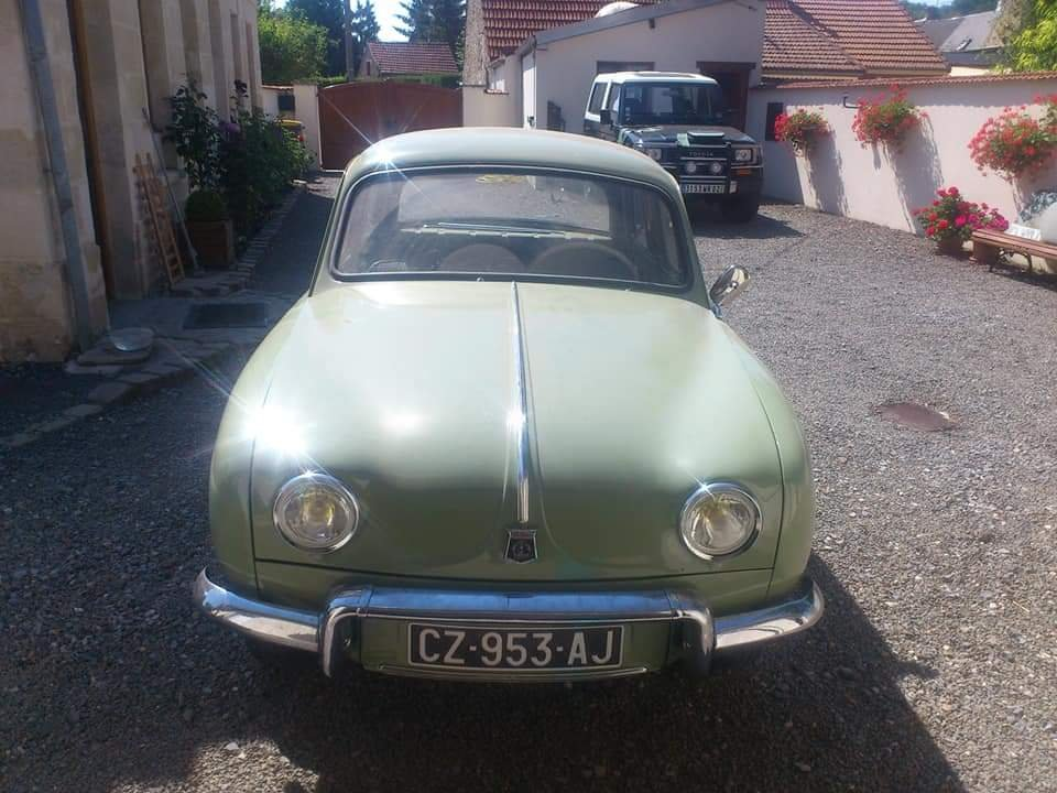 1957 Renault Dauphine - UK Registered SOLD (picture 2 of 6)