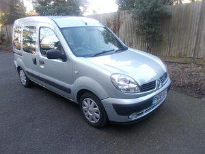 2008 RENAULT KANGOO AUTOMATIC WHEELCHAIR ACCESS ONLY 11,OOO MILES