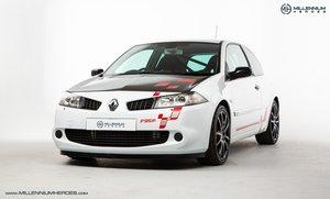 2008 RENAULT MEGANE R26.R // NUMBER 13/230 // PRESENTATION PACK  For Sale
