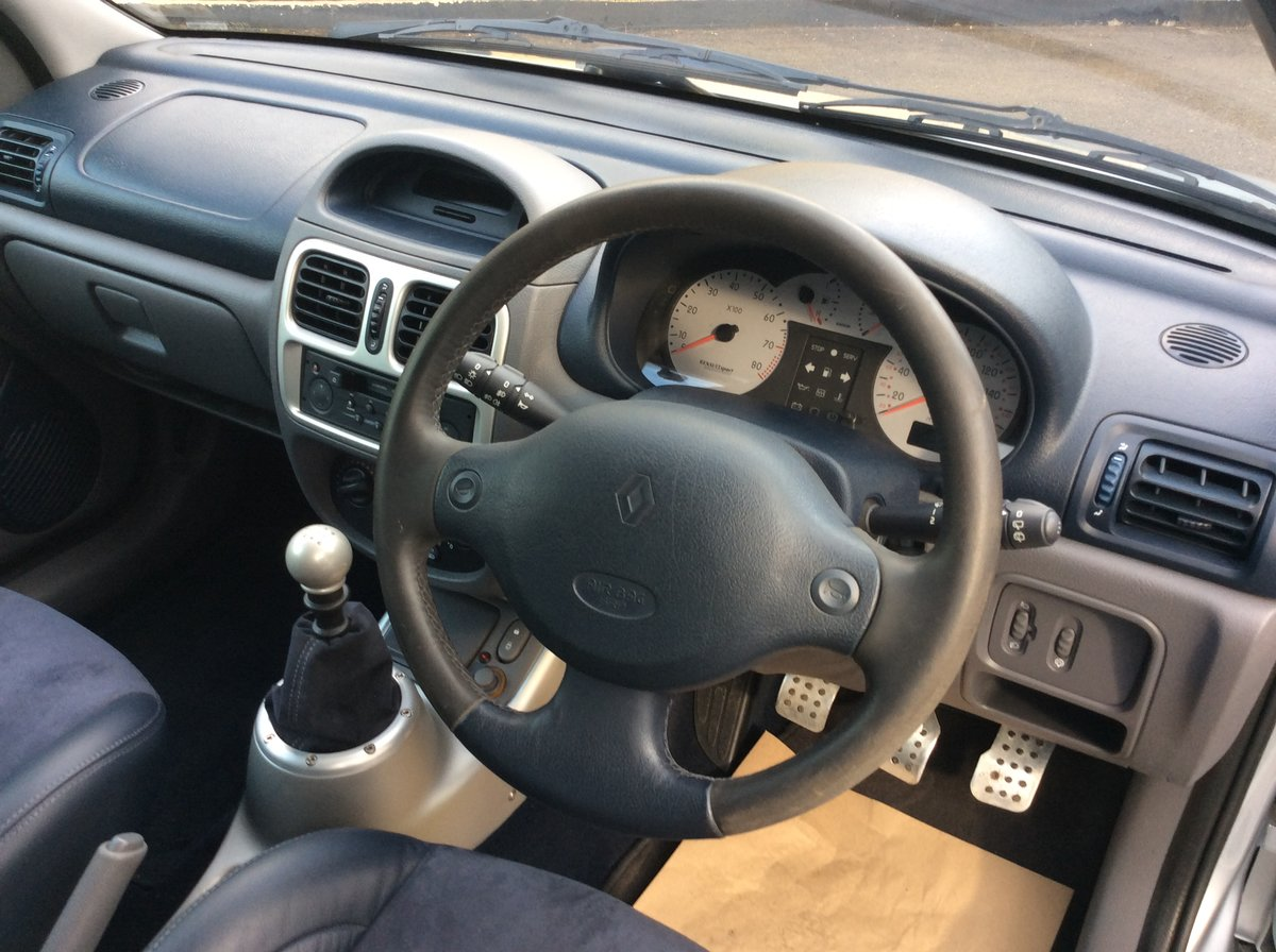 2002 Renault Clio v6 For Sale (picture 6 of 6)