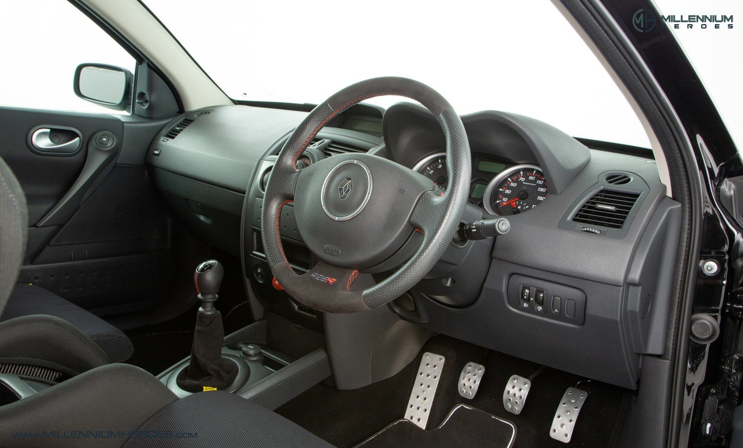 2009 RENAULT MEGANE R26.R  SOLD (picture 4 of 6)