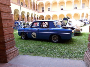 R8 Gordini race car