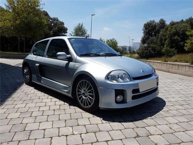2002 LHD - Renault Clio Sport V6 Fase I, 225CV  For Sale (picture 3 of 3)