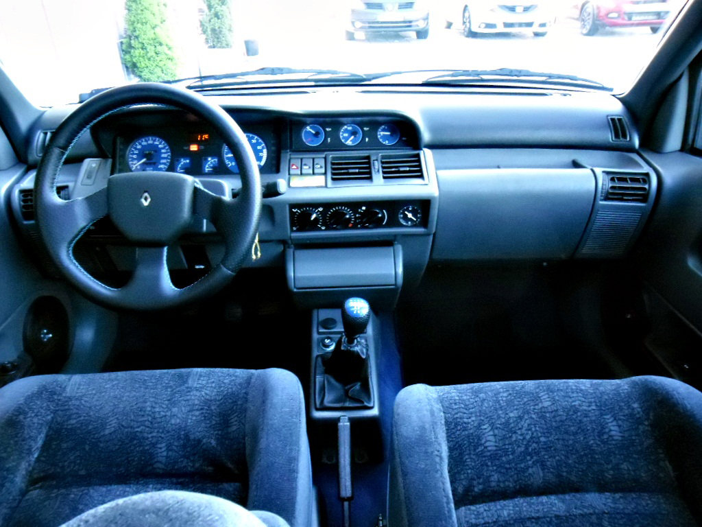 1994 Renault Clio Williams For Sale (picture 4 of 6)